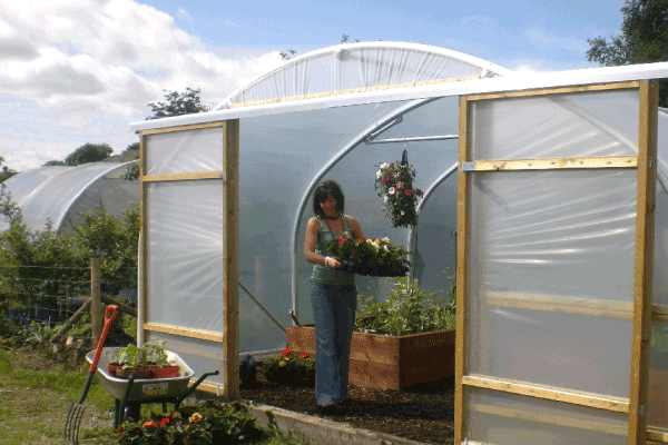 sliding doors on polytunnel