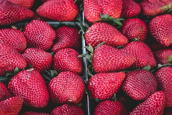 closeup picture of strawberries