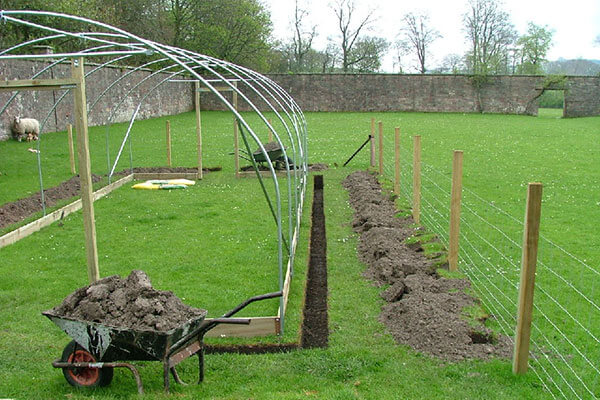 polytunnel being constructed